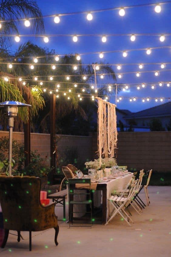 Creative Outdoor Lighting Using Christmas Lights