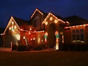 WHCL Christmas Light Installers