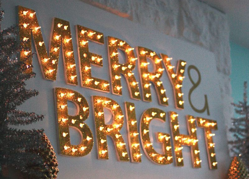 DIY Christmas Marquee Lights