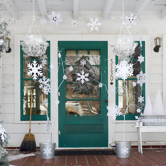 Front Porch Christmas Decorations. Christmas front Porch Ideas & Christmas Decorating Ideas for Your Porch