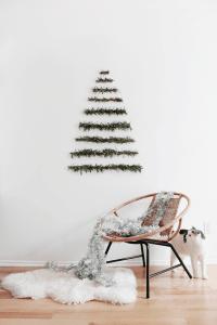 Modern Wall Christmas Tree