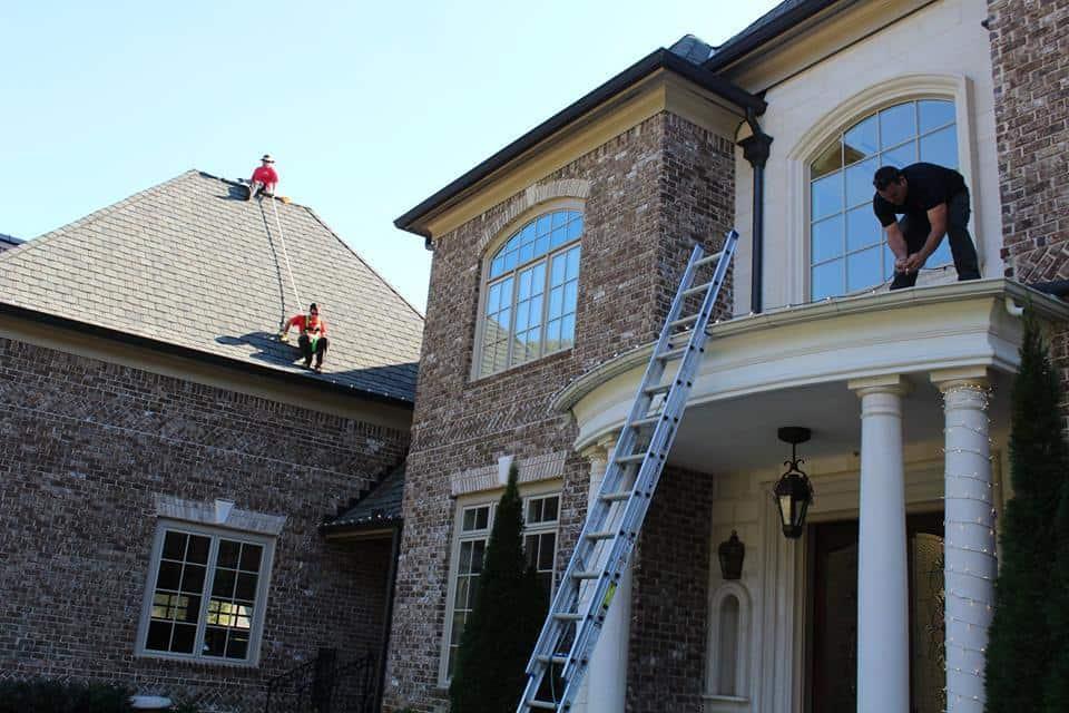 Popular Day to Hang Christmas Lights
