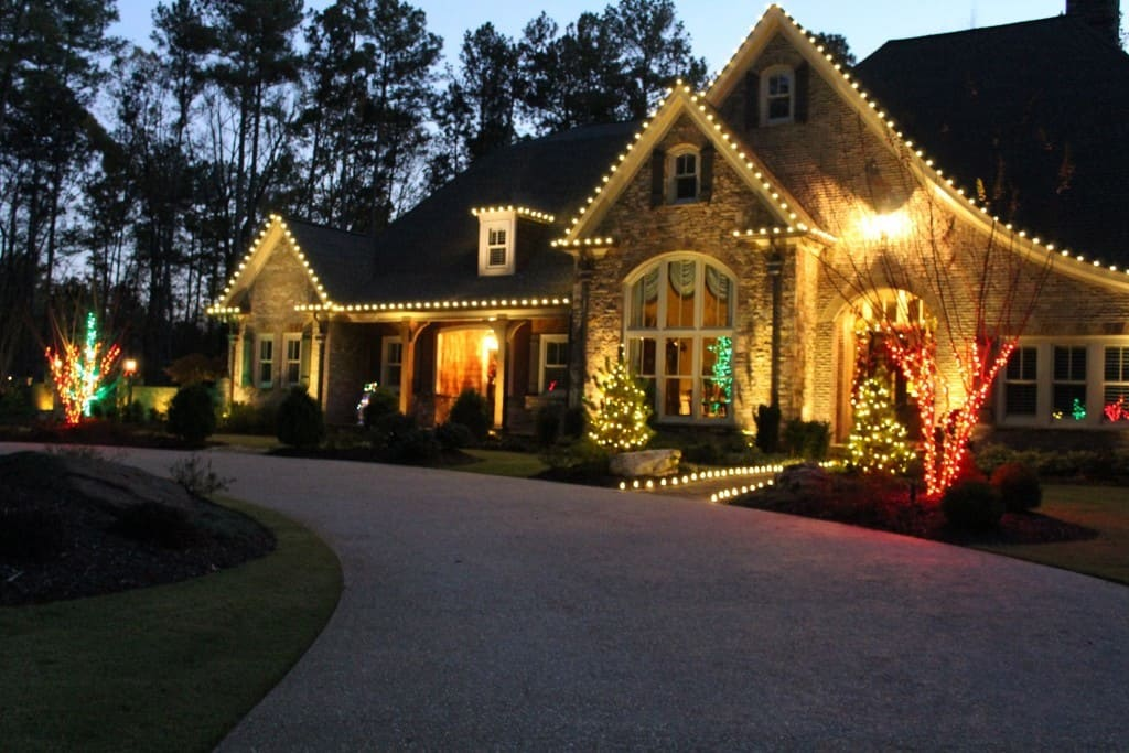 Spectacular Christmas Light Decor