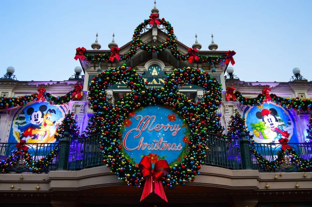 Christmas Theme Park.Best Theme Parks That Decorate For The Holidays