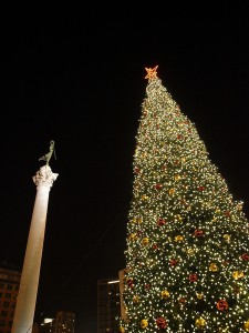 christmas-holiday-decorations-2517712-o