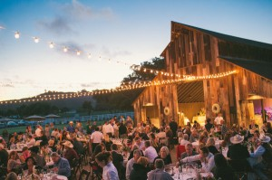 country-rustic-barn-wedding-ideas-with-lights-for-fall-2014
